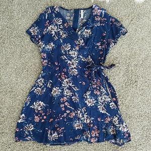 Xhilaration dress top